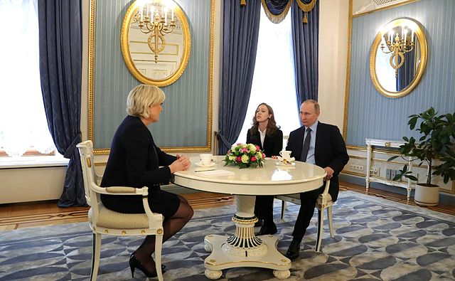 Marine Le Pen and Vladimir Putin 2017