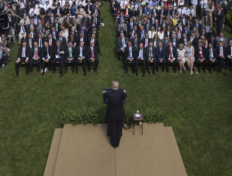Trump Paris Agreement 1 6 2017 Rose Garden Foto The White House